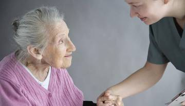 Какие документы нужны для оформления пожилого человека в дома престарелых и инвалидов