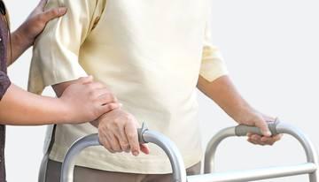 Прогноз после перелома шейки бедра дома престарелых для лежачих больных гатчинский район