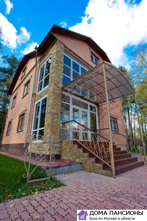Дом для пожилых близкие люди структура дома интерната для престарелых