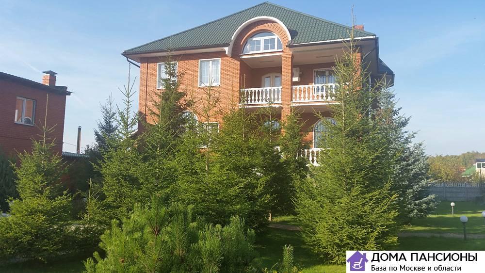 Частный пансионат для пожилых в москве и области слуцк дом престарелых